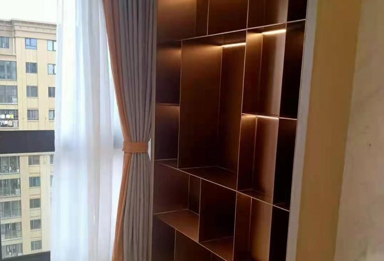 卧室不锈钢橱柜