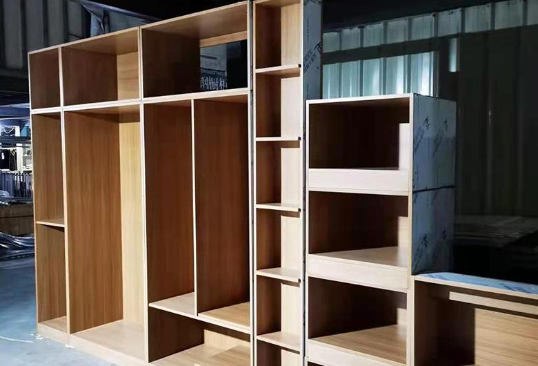 不锈钢崁入式组合衣柜