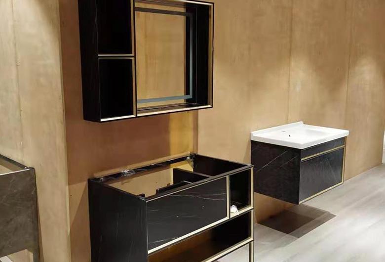 不锈钢集成浴室柜