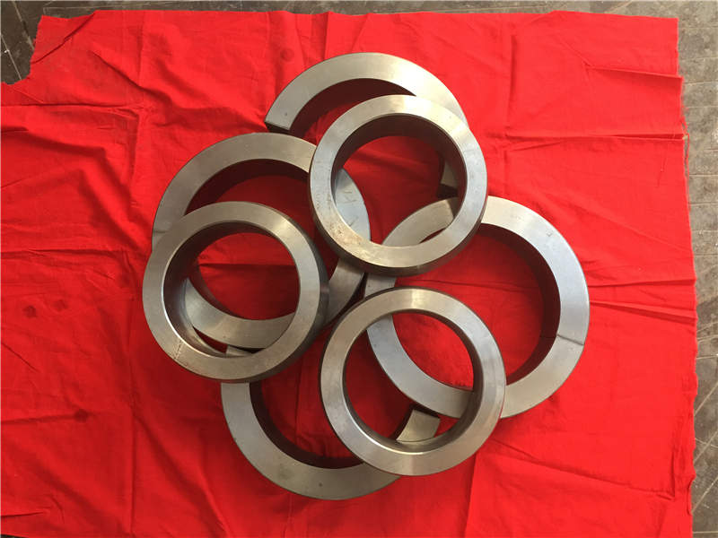 圆形自光滑轴承