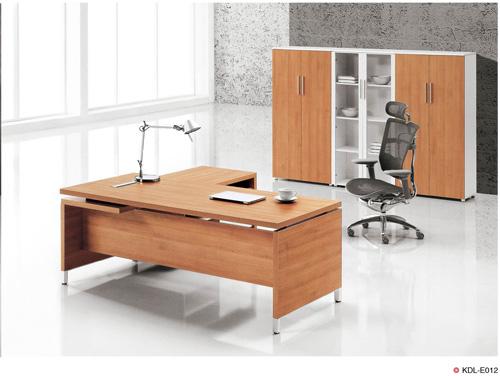 西安办公家具厂家为你讲解家具行业的潜规则