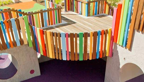 室外儿童游乐场适合放置哪些游乐设备