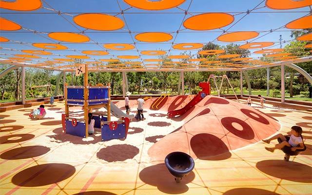 浅析重庆儿童乐园游乐设备对孩子的影响力
