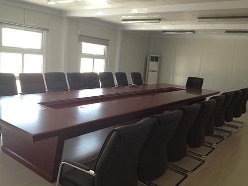 贵州多箱连通会议室