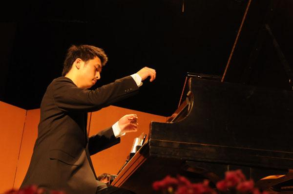 袁瀚 昆明學院音樂系主任