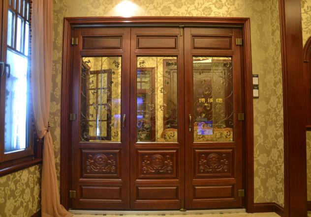 BV68实木折叠门