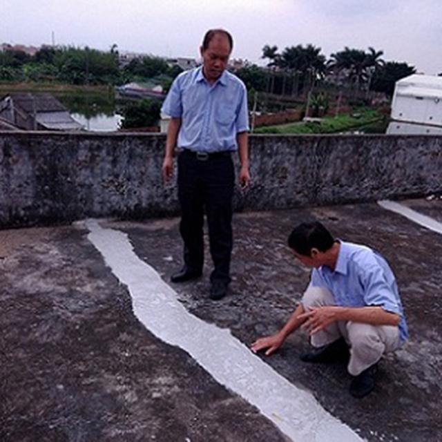 屋顶防水胶施工