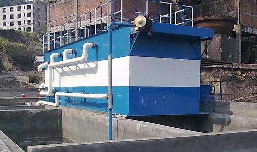 工业污水处理设备如何采用特殊专利结构