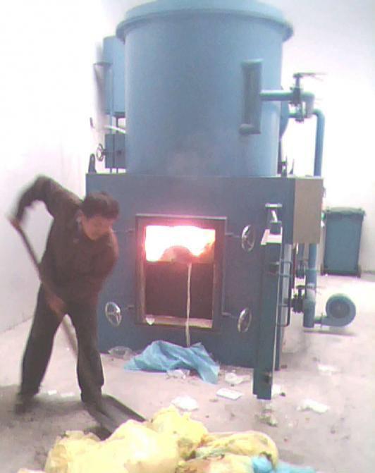 垃圾焚烧炉内的有害气体该采取什么措施?