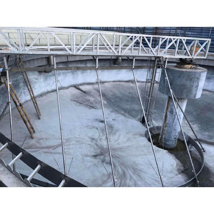 中心传动刮泥机特点与购置后的运用规范
