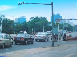 县照明设备的换代升级与传统路灯优缺点比较