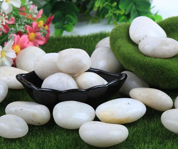白色精抛光鹅卵石
