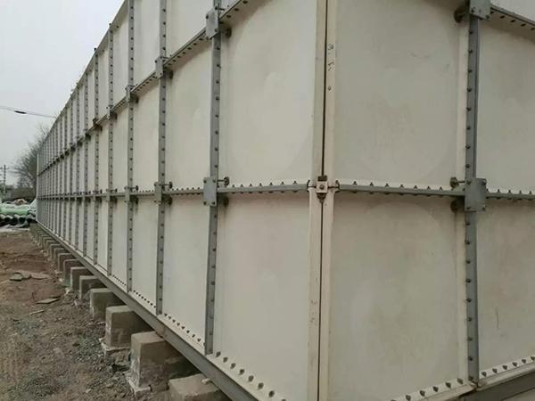 玻璃钢水箱如何进行安装