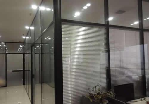 玻璃隔断墙有哪些分类?