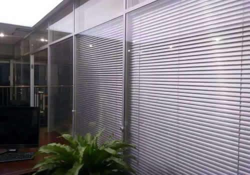 双层百叶玻璃隔断