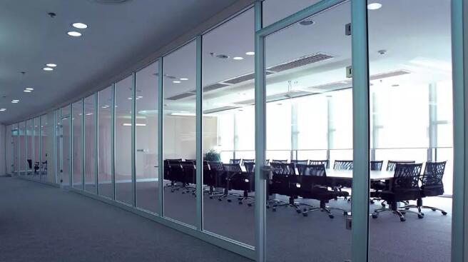 玻璃隔墙和玻璃幕墙的验收规范以及标准