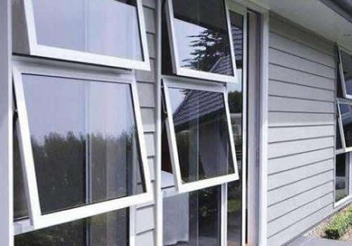 立转型塑钢门窗