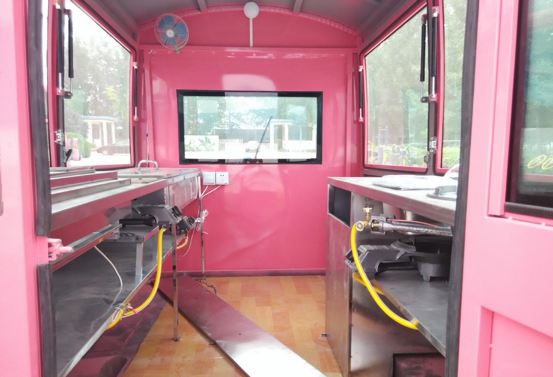对于电动户外流动性餐车如何检查和保养?