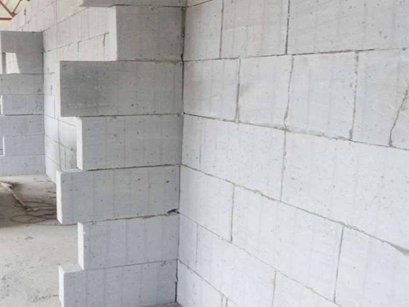 成都加气砖砌隔墙