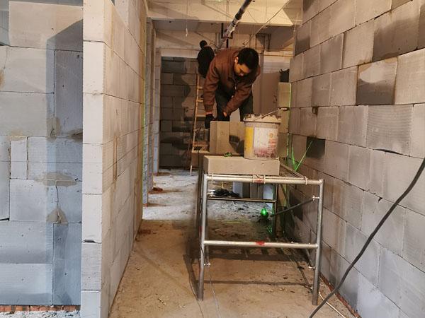 成都KTV加气砖隔墙施工