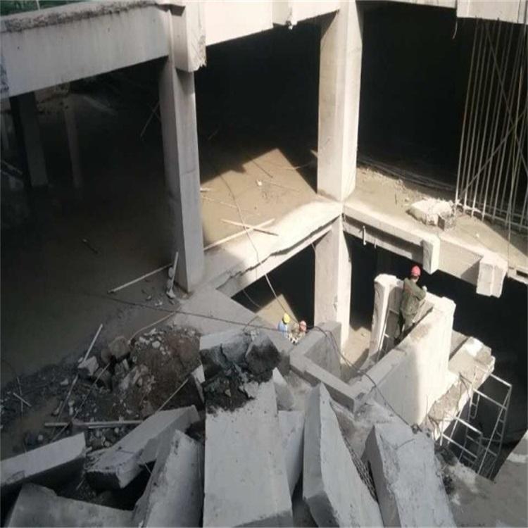 江油宝龙广场静力切割拆除工程