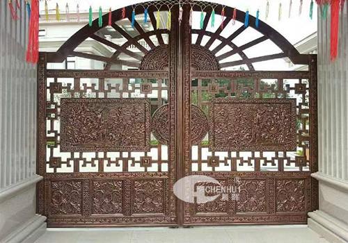 鋼木裝甲門