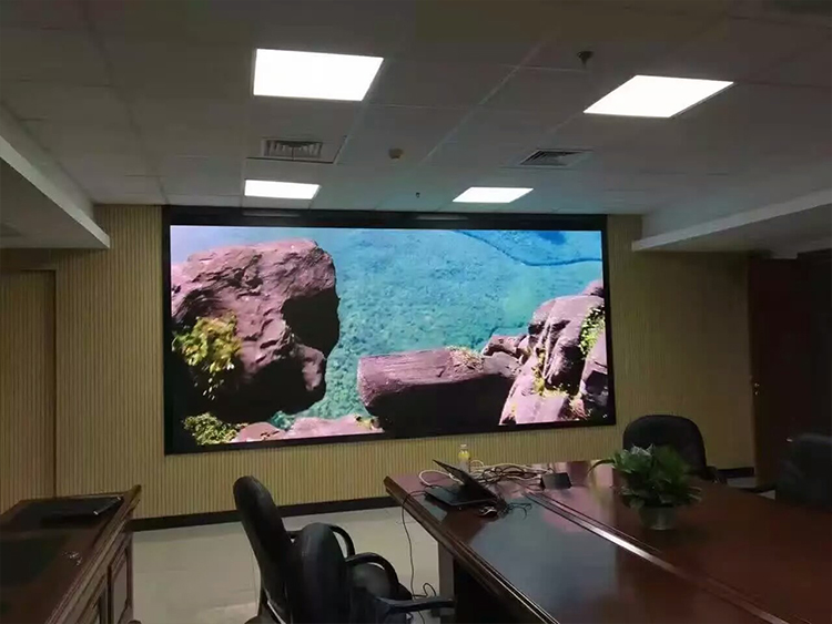 D1.37室内全彩LED显示屏
