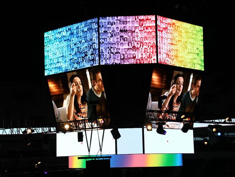竞技场led显示屏安装