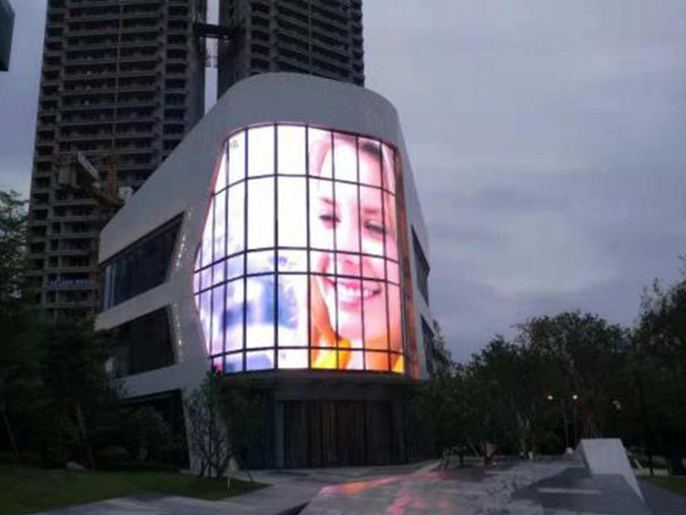福建LED柔性屏的发展趋势