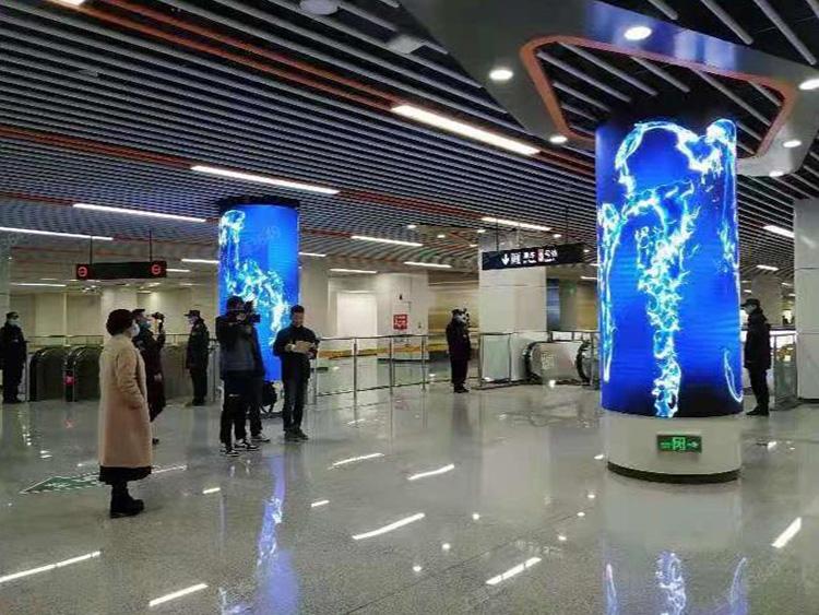 郑州地铁3号线及成都银泰中心…
