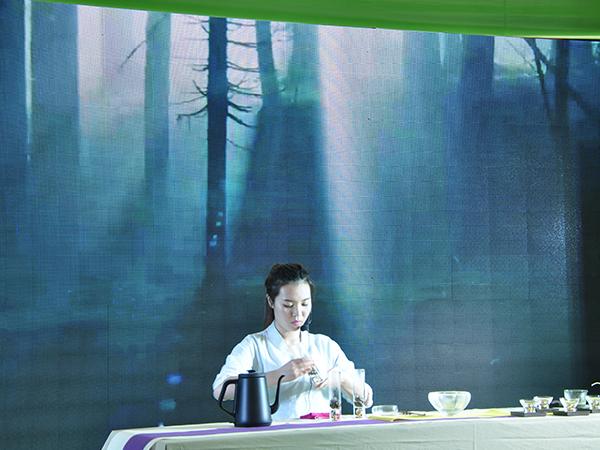 语均茶书院参加第五届中华茶奥会参赛选手!