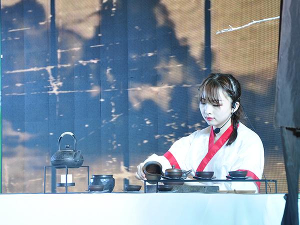 语均茶书院参加第五届中华茶奥会学员照片!