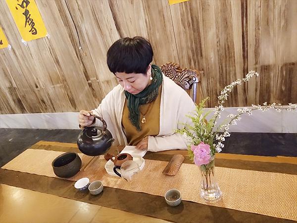 春雨茶学堂带领学员为药师寺做六度茶会!