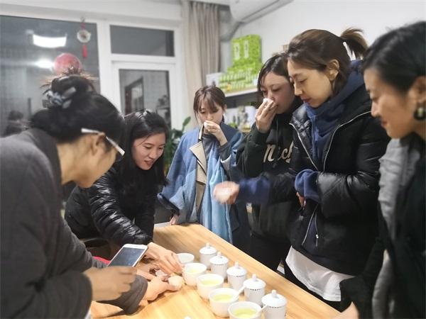 语均茶书院茶艺培训审评课程图片