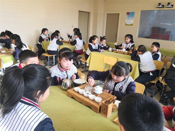 语均茶书院茶艺培训课堂