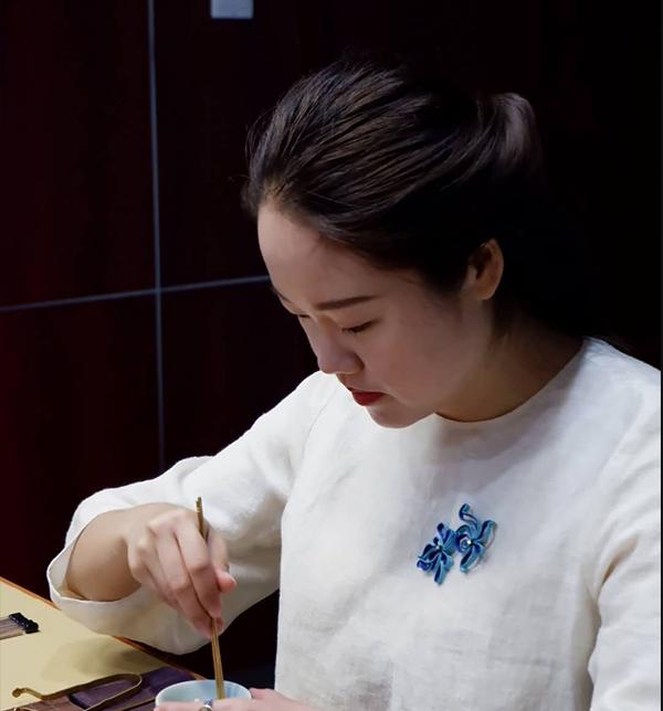 春雨茶学堂紫砂壶老师窦越阳