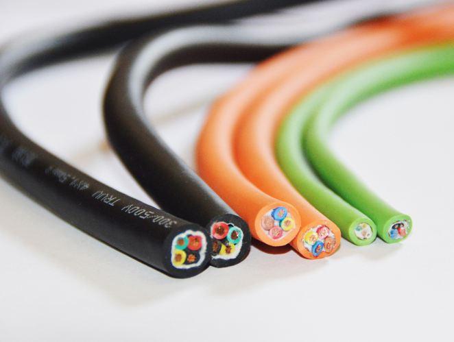对于拖链电缆导体材料为什么选择铜的疑问