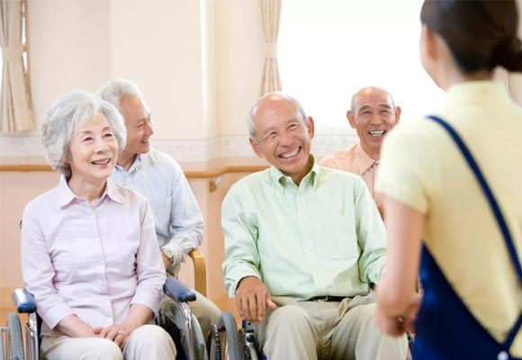 详解在养老院养老的好处