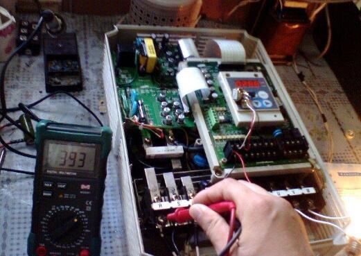西门子变频器维修有电流是为什么