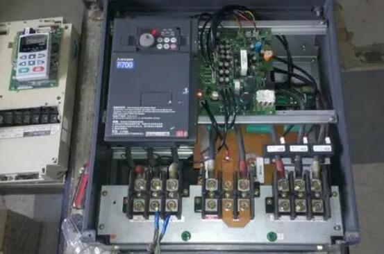变频器需要更换的五个部件是什么?