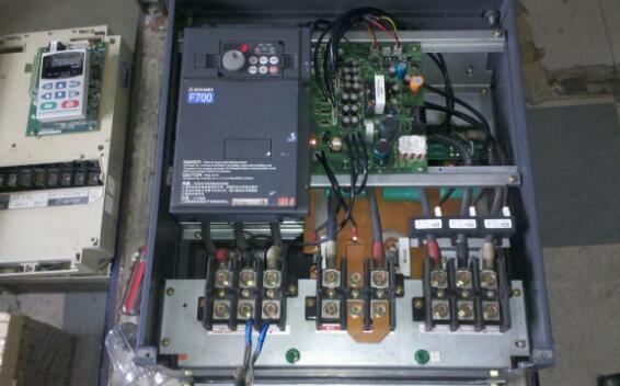 在变频器维修过程中如何判断元件的好坏