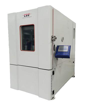 恒温恒湿试验箱具有准确的温度湿度控制系统