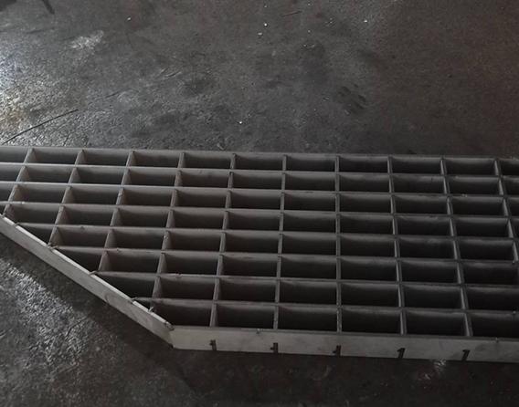 选购不锈钢井盖需要注意什么