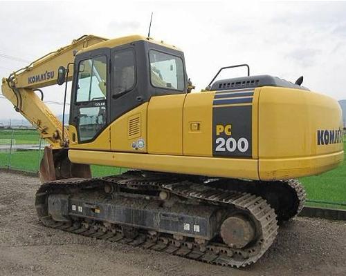 小松200挖掘机租赁