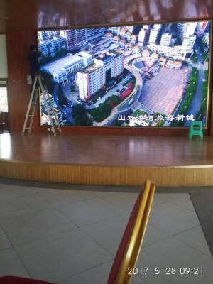 重庆巴南荷韵园室内LED显示屏P4全彩