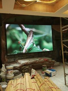 重庆沙坪坝王府井室内LED显示屏P3全彩