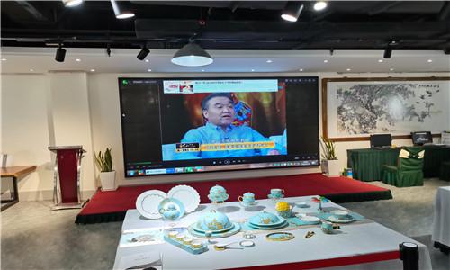 重庆某艺术馆P2.5全彩LED显示屏