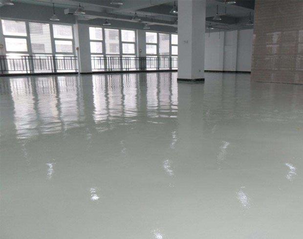 在环氧地坪施工需如何区分环氧地坪漆和环氧自流平的使用