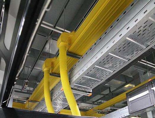 电缆桥架不同角度的连接方法是怎样的