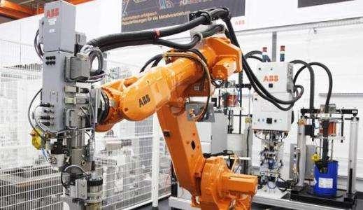 工业机器人四大巨头的优劣势对比